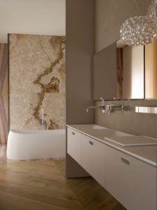 Ekskluzywna aranżacja łazienki meblami Agape