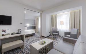 Pokój w Hotelu Kocierz z włoskimi płytkami z salonu Bellamica