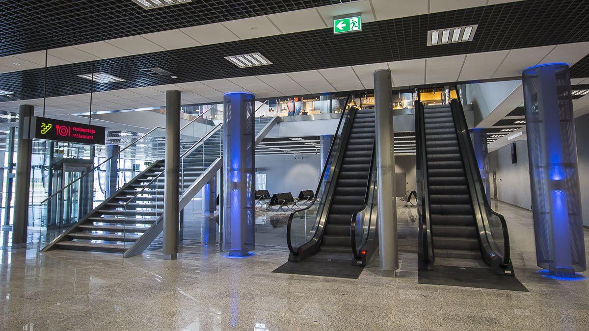 Płytki spełniające wymogi bezpieczeństwa z Bellamica w porcie lotniczym