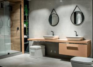 Funkcjonalna łazienka z nowoczesnym wyposażeniem w Bellamica